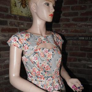 Lauren Conrad Gray Floral Dress Sz 4